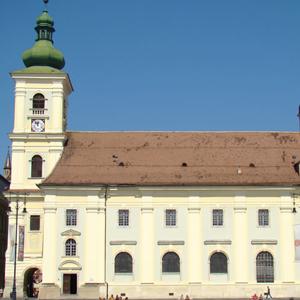 catedrala-catolica-rosen-villa-sibiu
